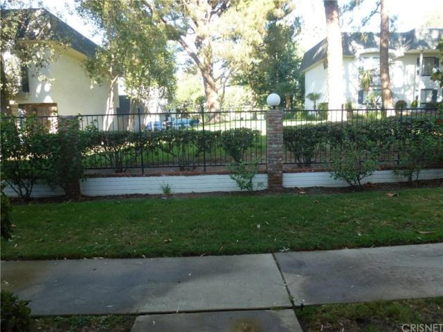 10209 Lurline Avenue B, Chatsworth, CA 91311 (#SR18220489) :: The Fineman Suarez Team