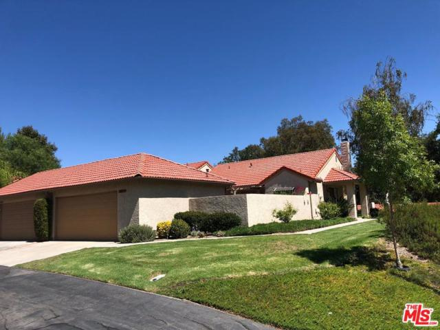 20071 Avenue Of The Oaks #212, Newhall, CA 91321 (#18380946) :: Carie Heber Realty Group