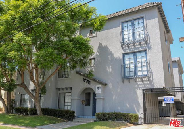 12311 Grevillea Avenue, Hawthorne, CA 90250 (#18385616) :: Fred Howard Real Estate Team