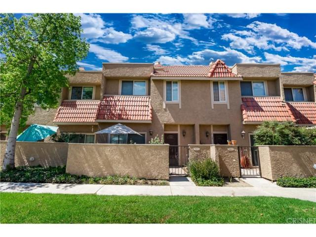 17928 River Circle #4, Canyon Country, CA 91387 (#SR18226877) :: Carie Heber Realty Group