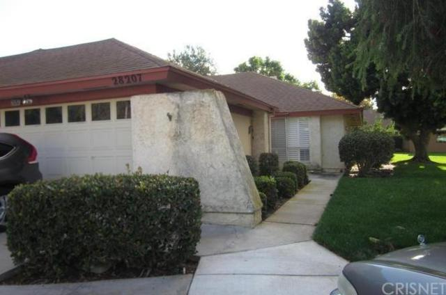 28207 Village 28, Camarillo, CA 93012 (#SR18227188) :: TruLine Realty