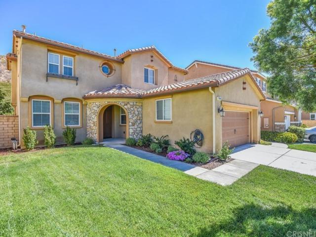 28040 Linda Lane, Saugus, CA 91350 (#SR18228090) :: Carie Heber Realty Group
