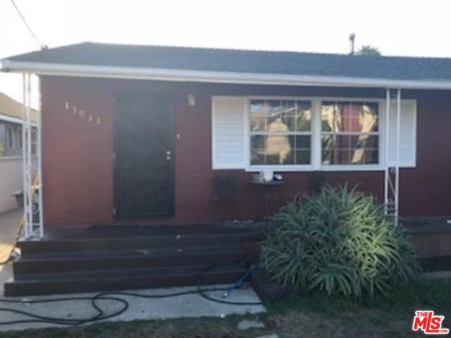 15013 Halldale Avenue, Gardena, CA 90247 (#18388682) :: Fred Howard Real Estate Team