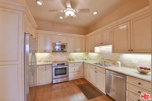 4949 Genesta Avenue #417, Encino, CA 91316 (#18388798) :: Fred Howard Real Estate Team