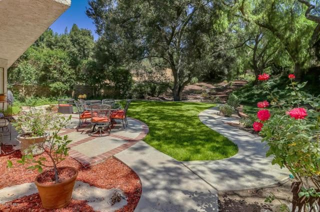 278 Fox Hills Drive, Thousand Oaks, CA 91361 (#218011992) :: Lydia Gable Realty Group