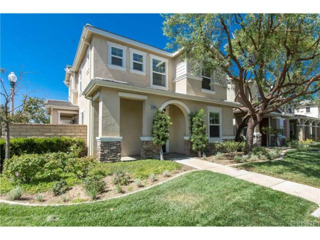 27403 Coldwater Drive, Valencia, CA 91354 (#SR18240127) :: Paris and Connor MacIvor