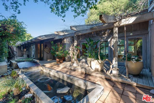 15659 Knochaven Street, Canyon Country, CA 91387 (#18392392) :: Carie Heber Realty Group