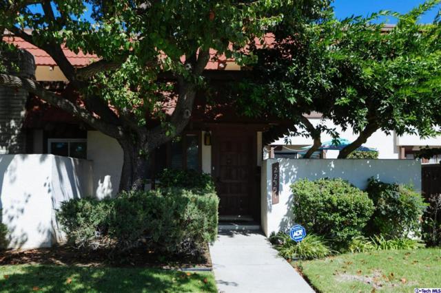 22331 Devonshire Street, Chatsworth, CA 91311 (#318004135) :: Desti & Michele of RE/MAX Gold Coast