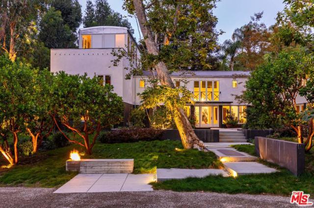 600 E Rustic Road, Santa Monica, CA 90402 (#18395088) :: Golden Palm Properties