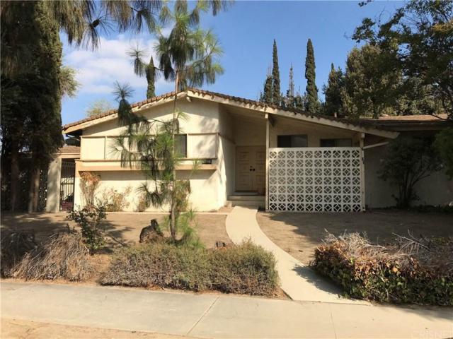18403 Chatsworth Street, Northridge, CA 91326 (#SR18248656) :: Paris and Connor MacIvor