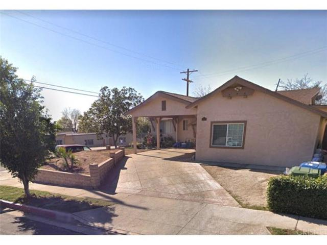 12821 Bromont Avenue, San Fernando, CA 91340 (#SR18249255) :: Paris and Connor MacIvor