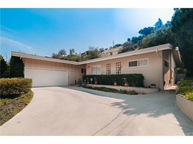 3658 Ventura Canyon Avenue, Sherman Oaks, CA 91423 (#SR18249256) :: Golden Palm Properties