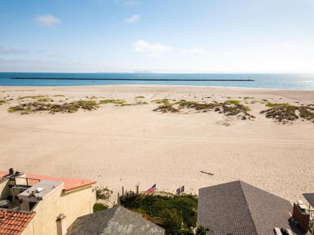 3307 Ocean Drive, Oxnard, CA 93035 (#218012942) :: Desti & Michele of RE/MAX Gold Coast