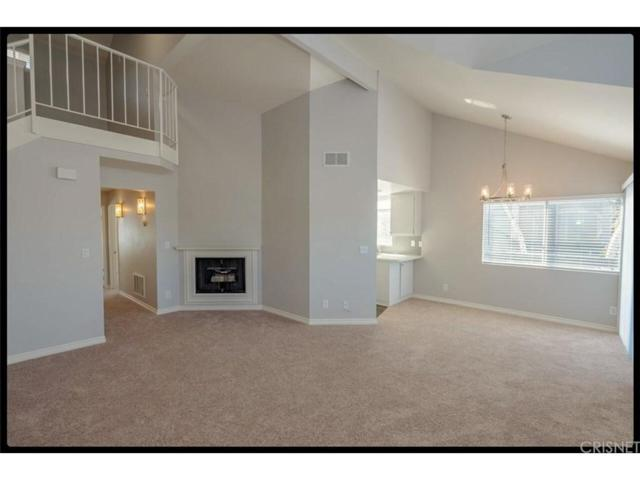 26875 Claudette Street #108, Canyon Country, CA 91351 (#SR18249835) :: Carie Heber Realty Group