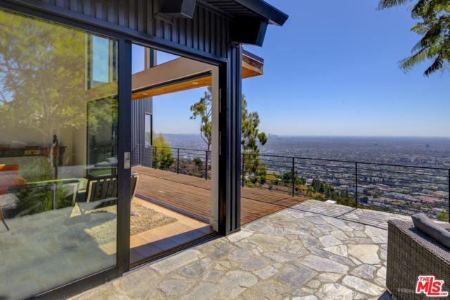 8370 Grand View Drive, Los Angeles (City), CA 90046 (#18396170) :: Carie Heber Realty Group