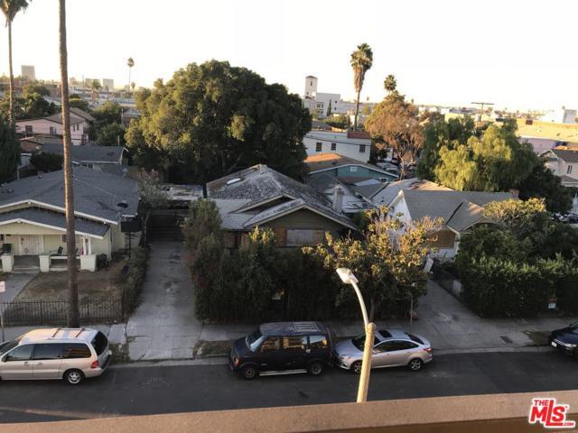 5536 La Mirada Avenue, Los Angeles (City), CA 90038 (#18397188) :: Paris and Connor MacIvor