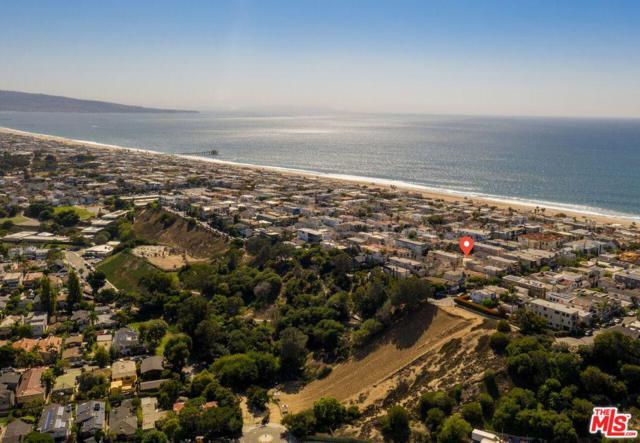 453 31ST Street, Manhattan Beach, CA 90266 (#18397540) :: Golden Palm Properties