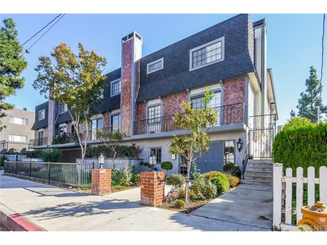 15322 Weddington Street #8, Sherman Oaks, CA 91411 (#SR18254098) :: Paris and Connor MacIvor