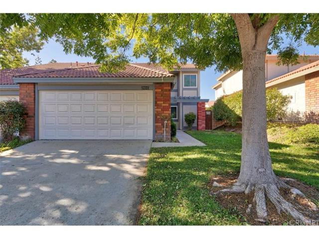 28843 Marilyn Drive, Canyon Country, CA 91387 (#SR18252083) :: Paris and Connor MacIvor