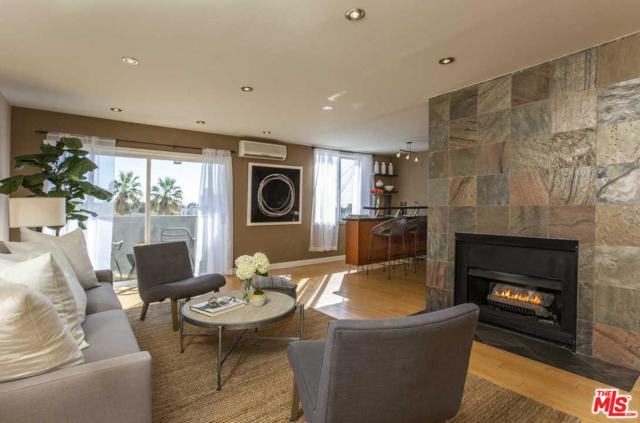 1124 N La Cienega #205, West Hollywood, CA 90069 (#18399018) :: Golden Palm Properties