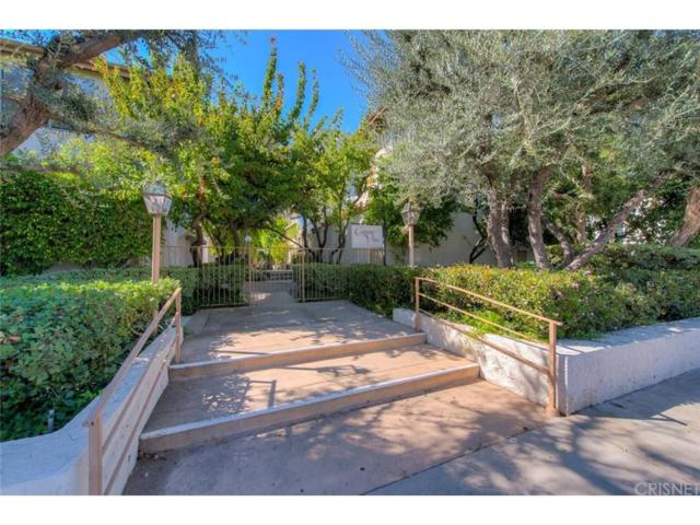5323 Coldwater Canyon Avenue B, Sherman Oaks, CA 91401 (#SR18254918) :: Paris and Connor MacIvor