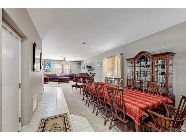 29901 Crawford Place, Castaic, CA 91384 (#SR18255001) :: Paris and Connor MacIvor
