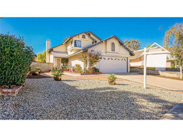 28813 Raintree Lane, Saugus, CA 91390 (#SR18254812) :: Paris and Connor MacIvor