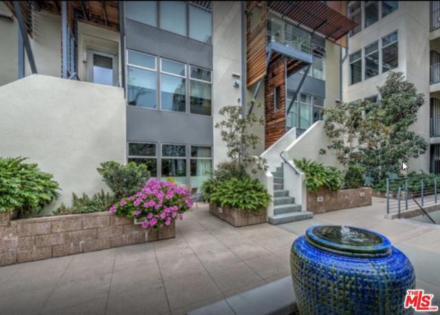 1250 N Harper Avenue #411, West Hollywood, CA 90046 (#18399022) :: Golden Palm Properties