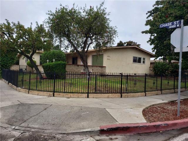 8501 Tilden Avenue, Panorama City, CA 91402 (#SR18255636) :: Golden Palm Properties