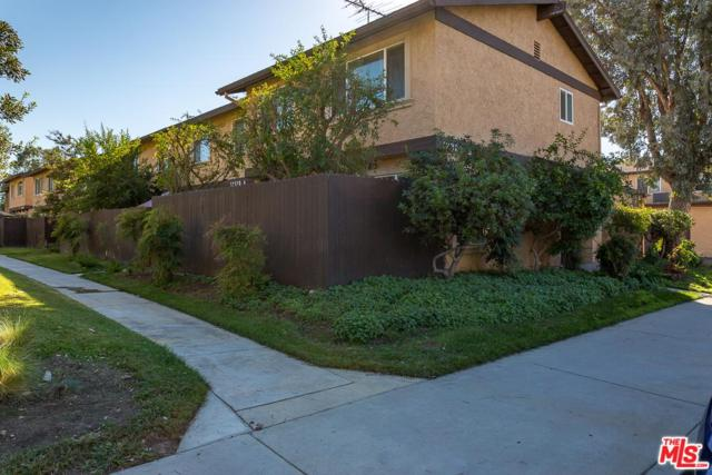12328 Runnymede Street #5, North Hollywood, CA 91605 (#18399334) :: Golden Palm Properties