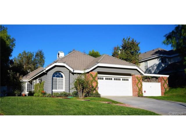 26348 Emerald Dove Drive, Valencia, CA 91355 (#SR18257658) :: Paris and Connor MacIvor