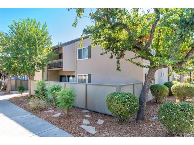 25718 Hogan Drive C9, Valencia, CA 91355 (#SR18259197) :: Paris and Connor MacIvor
