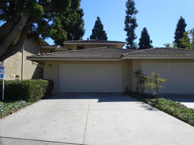 946 Tennyson Lane, Ventura, CA 93003 (#218013747) :: The Fineman Suarez Team