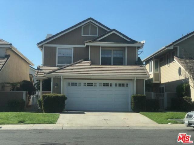 8717 Dartford Place, Inglewood, CA 90305 (#18404736) :: Fred Howard Real Estate Team