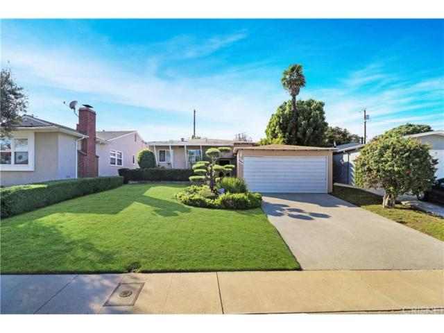 7941 Flight Place, Los Angeles (City), CA 90045 (#SR18269208) :: Fred Howard Real Estate Team