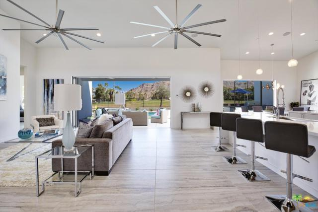 2740 S Sierra Madre, Palm Springs, CA 92264 (#18405624PS) :: TruLine Realty