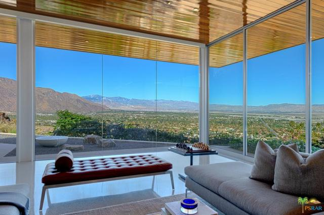 2323 Southridge Drive, Palm Springs, CA 92264 (#18402242PS) :: Fred Howard Real Estate Team