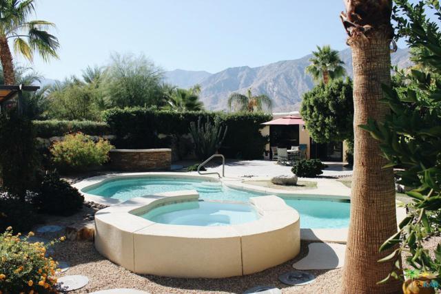 1964 S Barona Road, Palm Springs, CA 92264 (#18406034PS) :: The Fineman Suarez Team