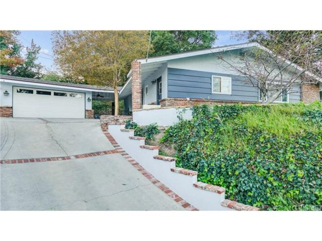 24805 Peachland Avenue, Newhall, CA 91321 (#SR18272563) :: Paris and Connor MacIvor