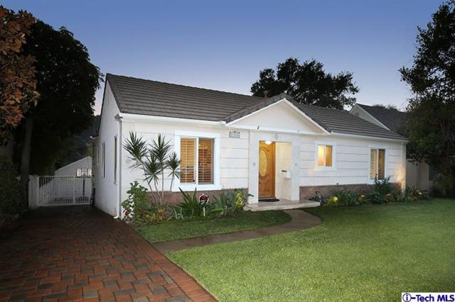 1316 Oak Circle Drive, Glendale, CA 91208 (#318004736) :: Fred Howard Real Estate Team