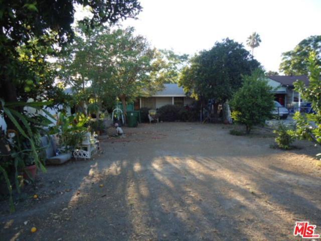 10557 Encino Avenue, Granada Hills, CA 91344 (#18412310) :: Paris and Connor MacIvor