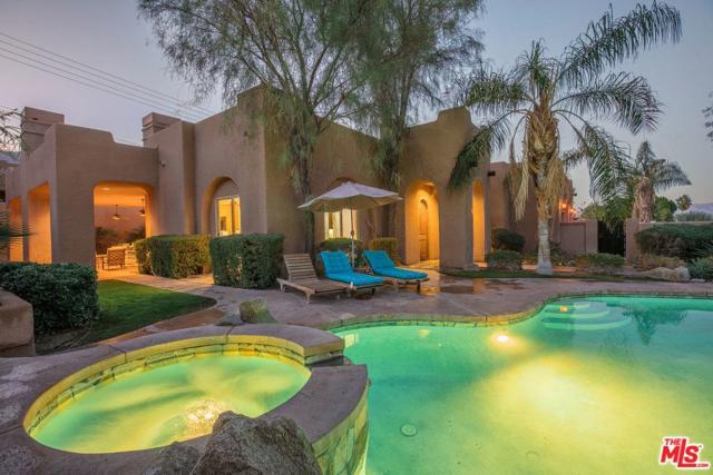 53465 Avenida Navarro, La Quinta, CA 92253 (#18412060) :: Fred Howard Real Estate Team