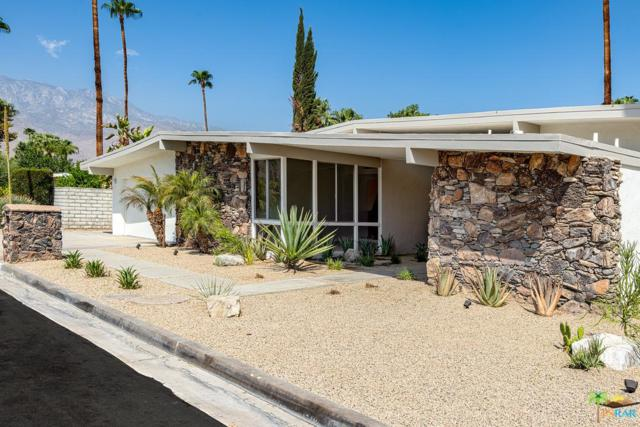 5190 E Lakeside Drive, Palm Springs, CA 92264 (#18411426PS) :: Fred Howard Real Estate Team