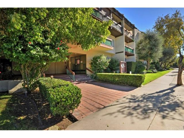 5460 White Oak Avenue C319, Encino, CA 91316 (#SR18286219) :: Golden Palm Properties