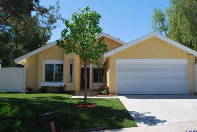 23044 Magnolia Glen Drive, Valencia, CA 91354 (#318004804) :: Paris and Connor MacIvor