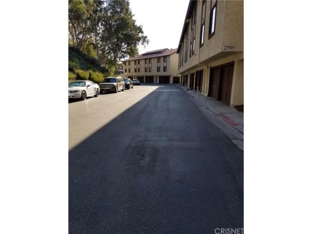 27919 Sarabande Lane #430, Canyon Country, CA 91387 (#SR18290359) :: Paris and Connor MacIvor