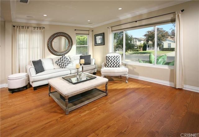 5129 Newcastle Avenue, Encino, CA 91316 (#SR18290726) :: Golden Palm Properties