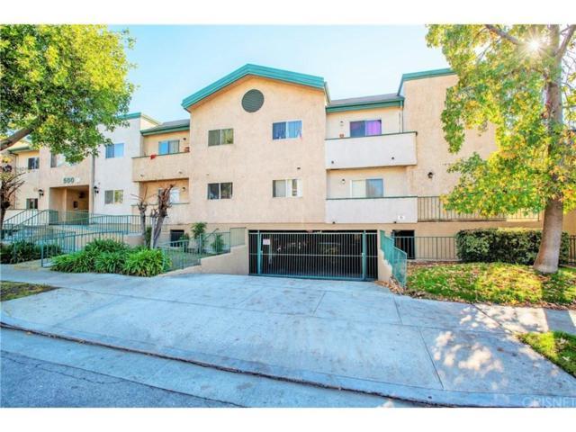 500 Oak Street, Glendale, CA 91204 (#SR18290528) :: Paris and Connor MacIvor