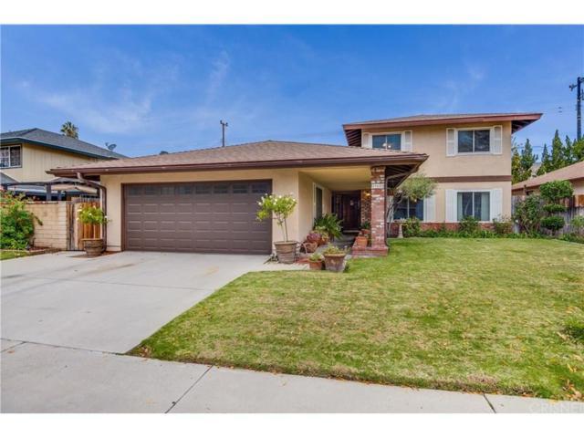 19601 Four Oaks Street, Canyon Country, CA 91351 (#SR18289390) :: Paris and Connor MacIvor