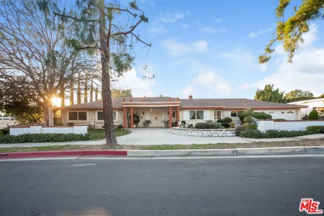 9901 Tunney Avenue, Northridge, CA 91324 (#18415840) :: Paris and Connor MacIvor